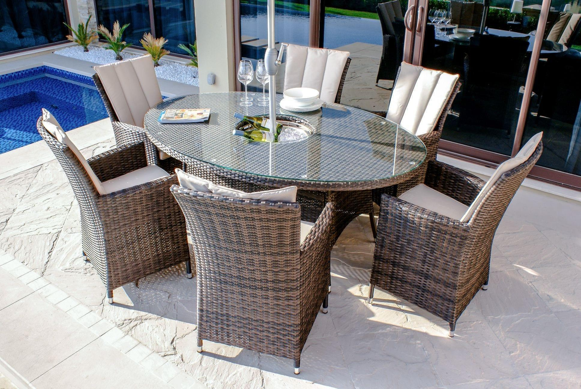 6 seat oval table rattan garden dining set inset ice bucket brown weave womacks of bawtry - Rattan Garden Furniture 6 Seater