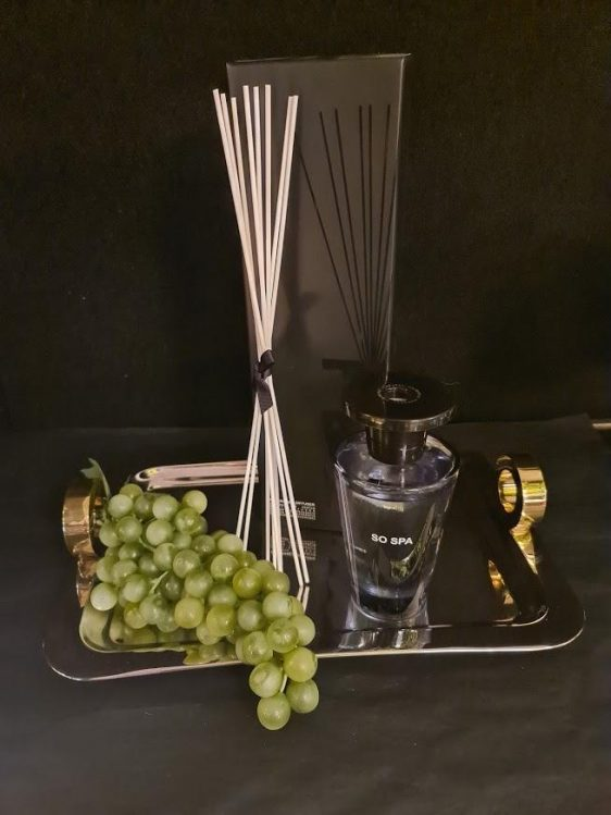 'So Spa' Fragrance Reed Diffuser - Shaped Glass Bottle - Gift Boxed - 300ml