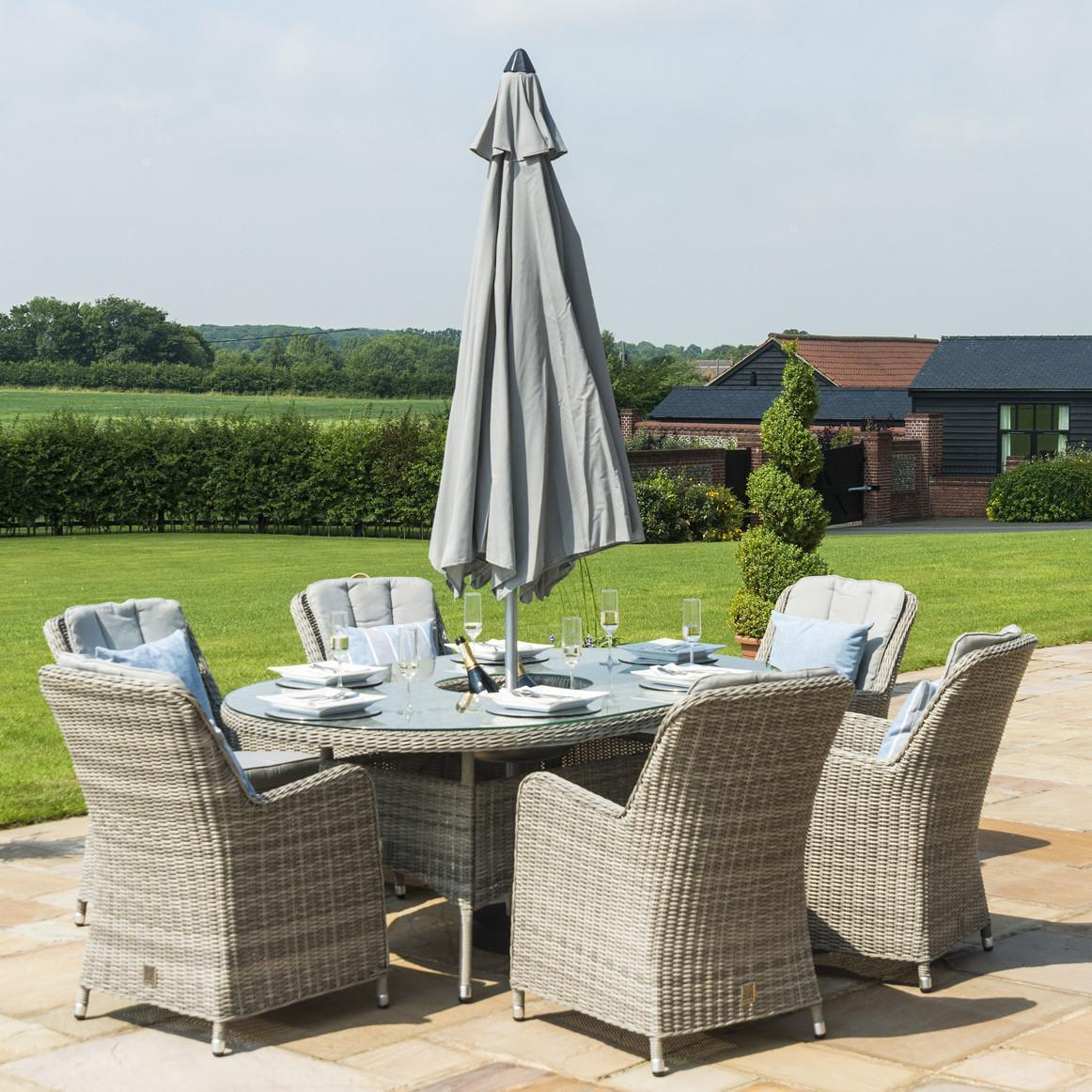 6 Seat Oval Garden Dining Table - Ice Bucket - Umbrella ...