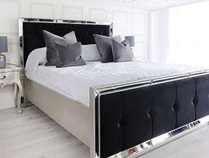 5ft King-Size Bed - Venetian Mirrored - Deep Buttoned King Size Bed - Black Velvet
