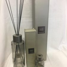Extra large reed diffuser black forest