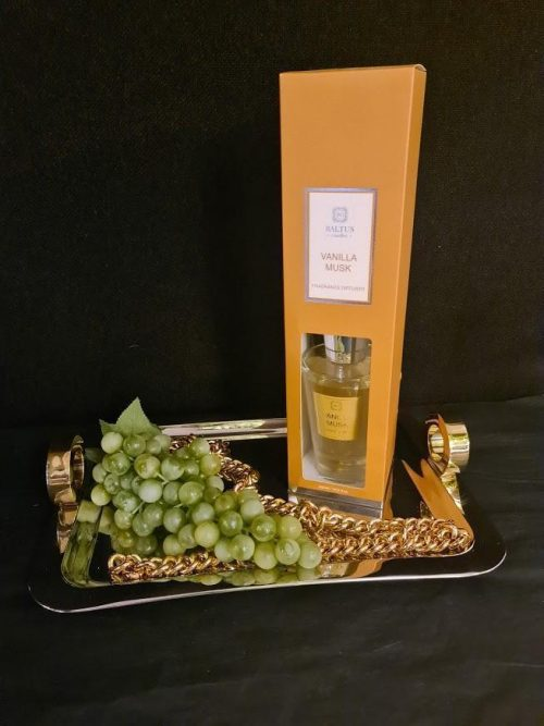 Vanilla Musk Reed Diffuser - Shaped Glass Bottle - 300ml