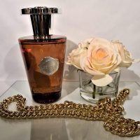 'Wood Spice' Reed Diffuser - Shaped Amber Glass Bottle - 1000ml