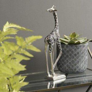 Giraffe Sculpture - Standing Giraffe - Head Looking Back